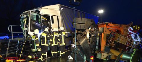 Lkw-Unfall auf A5 zwischen Seeheim-Jugenheim und Darmstadt