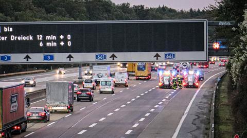 Unfallstelle auf der A3 in Richtung Hanau