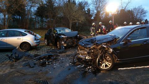 Drei zerstörte Unfallautos in Rotenburg
