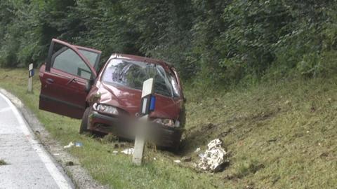 Auto im Straßengraben
