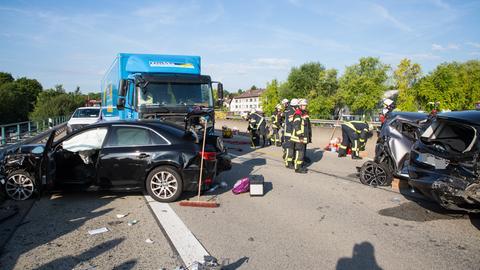 Nach dem Unfall musste die A643 für rund zwei Stunden gesperrt werden.