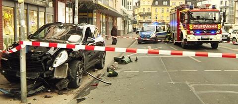 Zerstörter Porsche in Gießener Innenstadt
