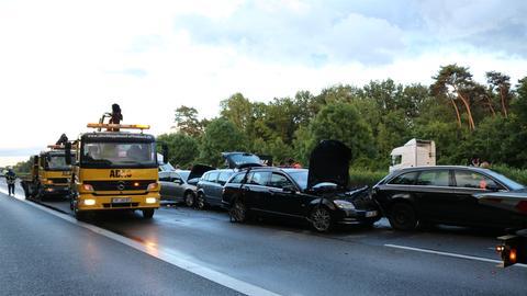 Mehrere Autos ineinandergefahren auf A3