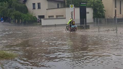 In Marburg wurden Straßen überflutet.