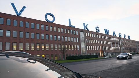 Das VW-Werk in Bauntal in der Außenansicht.