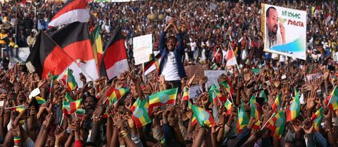 Unterstützer des äthiopischen Premiers Abiy Ahmed bei einer Demonstration im Juni in Addis Abeba