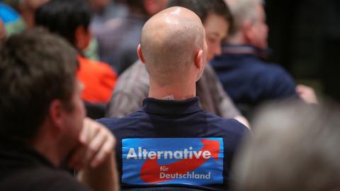 Ein AfD-Mitglied Anfang Januar bei einer Wahlkampfveranstaltung in Mainz.