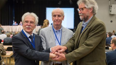 Die Führungsriege der hessischen AfD mit (von links) Rolf Kahnt, Albrecht Glaser und Peter Münch 2015 in Hofheim am Taunus.
