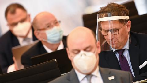 Der parlamentarische Geschäftsführer der AfD im Landtag, Frank Grobe (rechts)