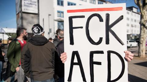 Der Parteitag wurde begleitet von Protesten.