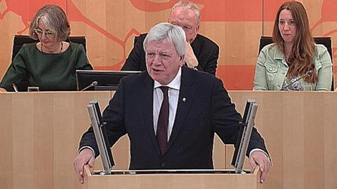 aktuelle-stunde-fluechtlingspolitik-bouffier