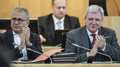 Tarek Al-Wazir (Grüne) und Volker Bouffier (CDU) im hessischen Landtag