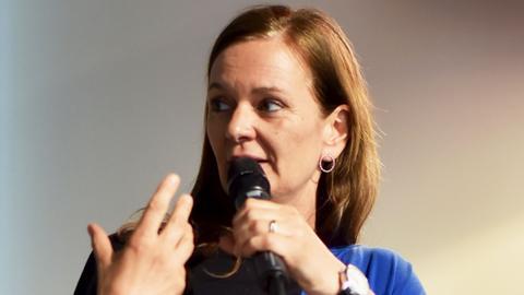 Anne Jung, Expertin für globale Gesundheit bei Medico International