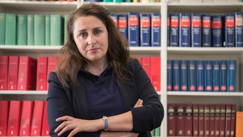 Seda Basay-Yildiz hat den zweiten Drohbrief innerhalb weniger Monate erhalten, in dem sie und ihre Familie bedroht werden.