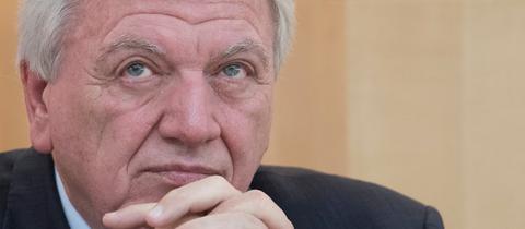 Ministerpräsident Volker Bouffier (CDU) im Landtag.