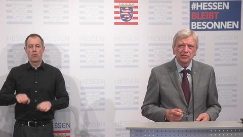 Bouffier bei Pressekonferenz