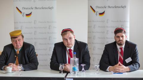 Torben Braga und Philip Stein als Burschenschaftsvertreter