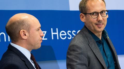 CDU-Generalsekretär Pentz und Grünen-Parteichef Klose bei ihrer Pressekonferenz zum Zwischenstand der Koalitionsgespräche