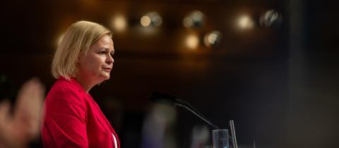 SPD-Chefin Nancy Faeser steht vor großen Herausforderungen.