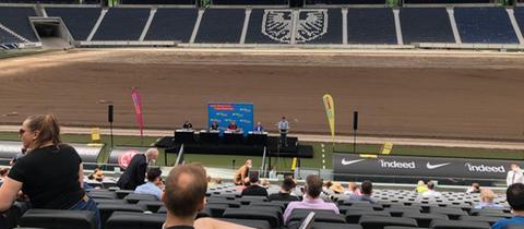 FDP-Kreismitgliederversammlung im Frankfurter Waldstadion