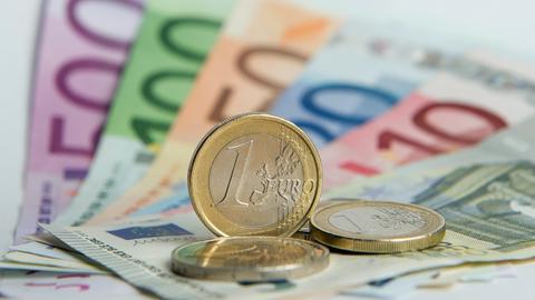 Euroscheine und -münzen