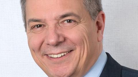 Der mögliche neue Spitzenkandidat der Wiesbadener SPD, Gert-Uwe Mende