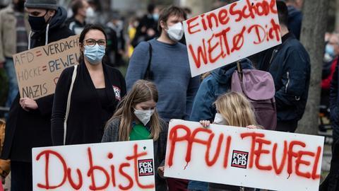 Protest gegen AfD-Politiker Höcke am Donnerstag in Offenbach.