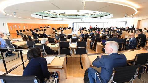 """Im Landtag sprach Innenminister Beuth über die """"NSU 2.0""""-Drohmails."""
