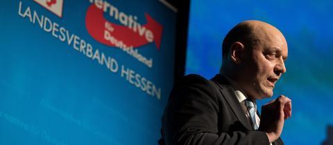 AfD-Fraktionschef im Landtag und AfD-Hessen-Sprecher Robert Lambrou.
