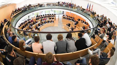 Das Plenum des hessischen Landtags in Wiesbaden.