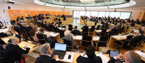 Landtag, voller Sitzungssaal