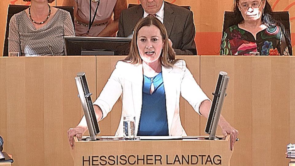 """Video: Janine Wissler (Linke): """" Sie greifen nicht ..."""