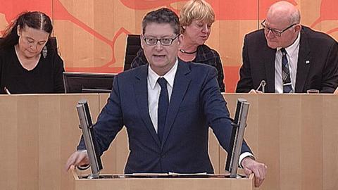 aktuelle-stunde-doppelte-staatsbuergerschaft-schaefer-guembel