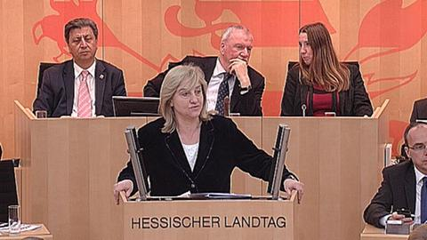 aktuelle-stunde-internetkriminalitaet-kuehne-hoermann