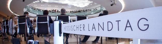 Landtag Wiesbaden von hinten