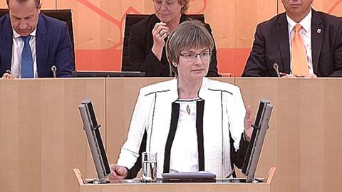landtag-schulkuerzungen- Claudia Ravensburg (CDU)