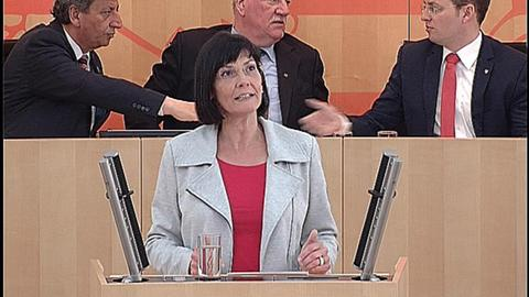 schutzschirm- Eva Goldbach (Grüne)