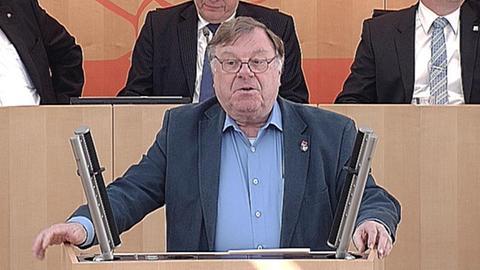 schutzschirm- Willi van Ooyen (Linke)