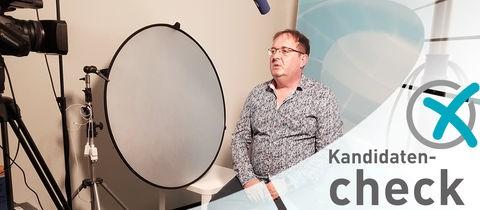 Kandidat Kalmbacher beim hr-Kandidatencheck