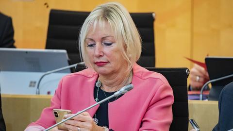 Kristina Sinemus im Landtag