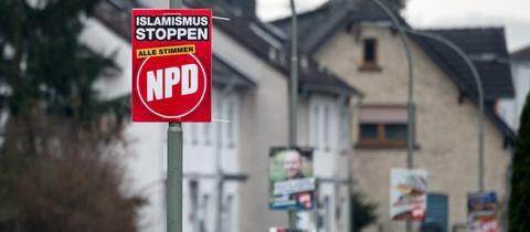 Ein NPD-Wahlplakat in Büdingen