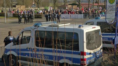 Protest gegen NPD-Veranstaltung am Samstag in Altenstadt.