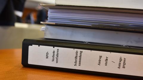 NPD- Verbotsverfahren - Aktenordner
