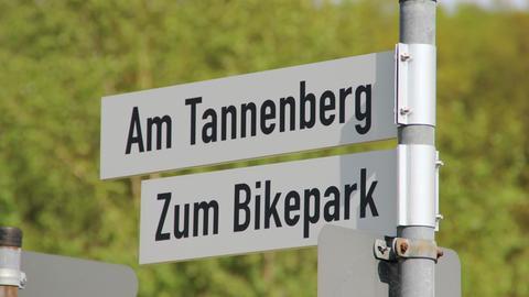 Zwei der Straßen in Oberzent, die jetzt einen neuen Namen tragen.