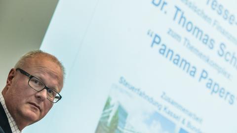 Finanzminister Thomas Schäfer lobt die bisherige Auswertung der Panama Papers.