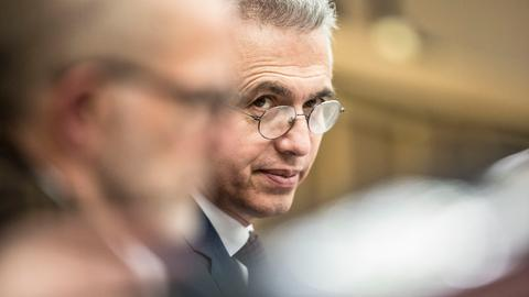 Peter Feldmann in einer Stadtverordnetenversammlung