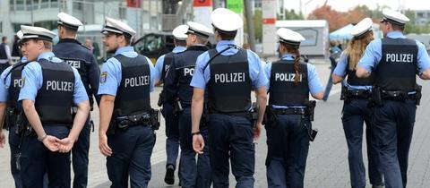 Hessische Polizisten (hier bei der Buchmesse in Frankfurt 2016)