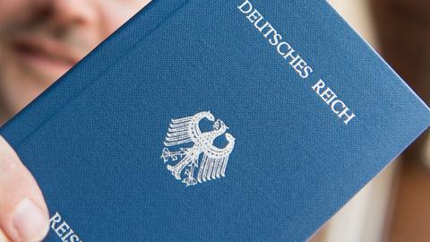 Fiktiver Reisepass eines Reichsbürgers