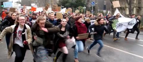 Schüler haben keinen Zeit im Kampf gegen den Klimawandel