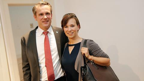 Künftiger Offenbacher OB Felix Schwenke (SPD) mit Ehefrau Viola.